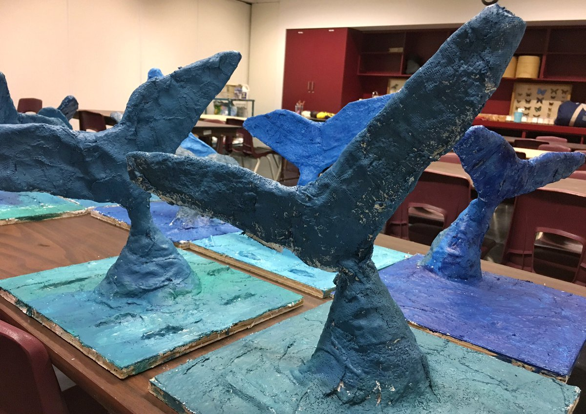 Blue whale tails, diving all &#39;round our classrooms.   #sciart #scicomm   #rombluewhale #summerclub75 <br>http://pic.twitter.com/IrG41029rp &ndash; bij Royal Ontario Museum