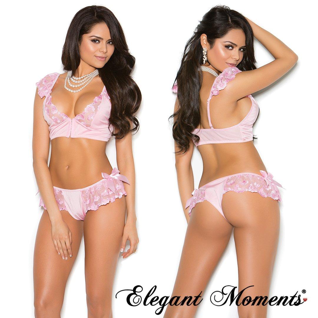 669fe8f543bae Elegant Moments on Twitter