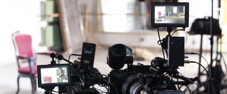 How to Start Using Video in Your Marketing  https://www. mhb.io/e/41vq0/3n  &nbsp;   #webtraffic <br>http://pic.twitter.com/yqEVWABFei