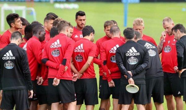 #RCCelta: Jonny se incorpora y solo faltan Marcelo Díaz y el Tucu  http://www. futbolfantasy.com/noticias/43858 -jonny-se-incorpora-y-solo-faltan-marcelo-diaz-y-el-tucu  … pic.twitter.com/l0cOQkwsft