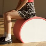 かまぼこの椅子を作りました。土台はテーブルの天板にもなります。 pic.twitter.com/CE…