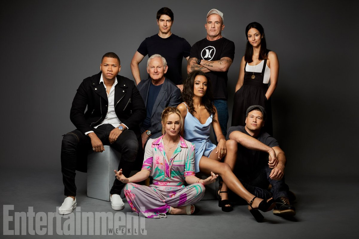 Image result for legends of tomorrow cast 2017