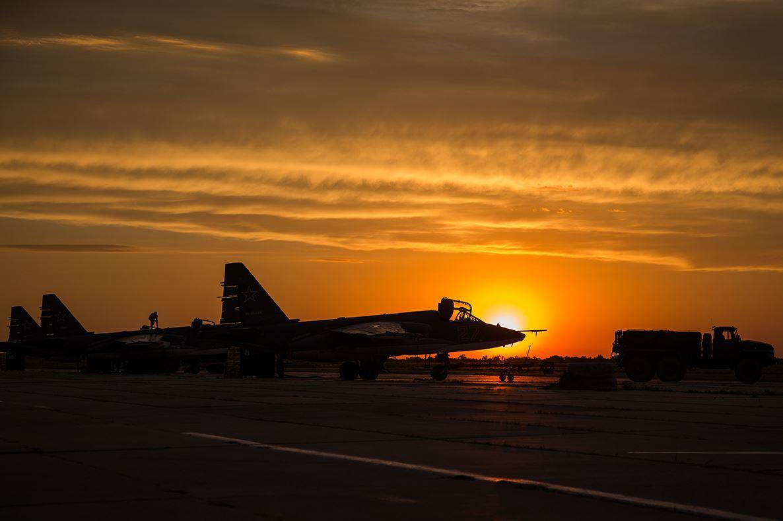 تعرف على النسخه الاحدث من مقاتلات Su-25 ..........المقاتله Su-25 SM3 DFgPQbFXgAAjIar