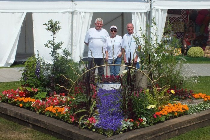 Royal Horticultural Show DFgWTjQUQAESVCH