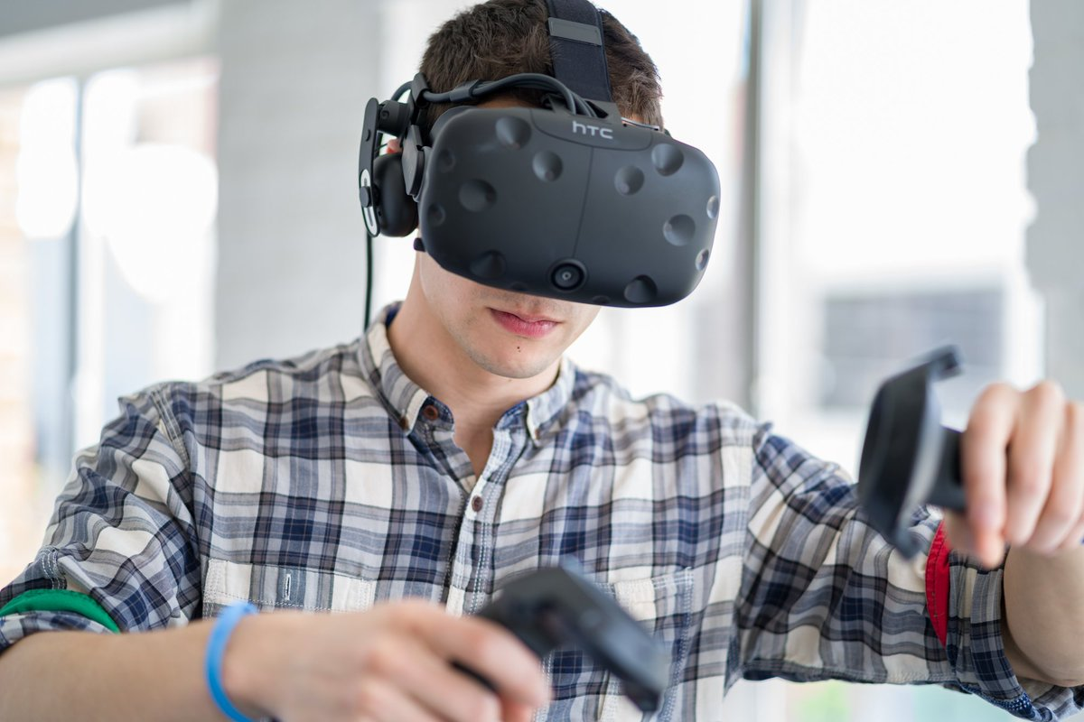 Have a passion for delivering amazing software experiences in VR? Join @htcvive as a Sr. Software Developer - bit.ly/WorkWithVive