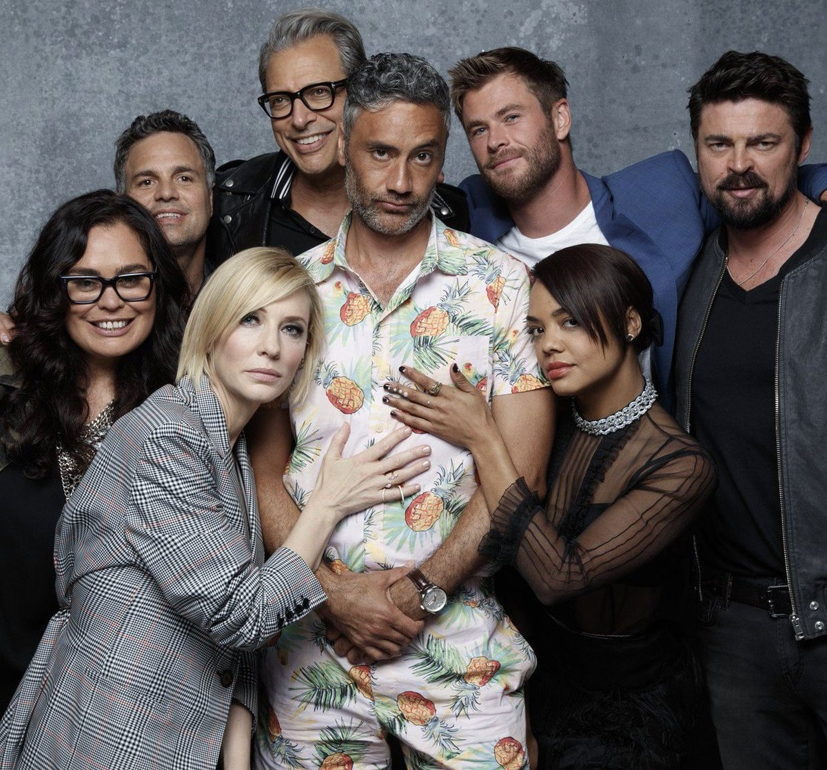 Me and some wannabeme's.  #Ragnarok #latimes #SDCC2017 https://t.co/YWGJTKnCg1