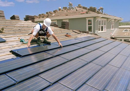 BAM! This US City Now Requires #Solar Panels on all New Homes. RT if yours should too!  http:// buff.ly/2ur0tAl  &nbsp;    #renewables #cdnpoli #bcpoli<br>http://pic.twitter.com/hAhc7kfpCK