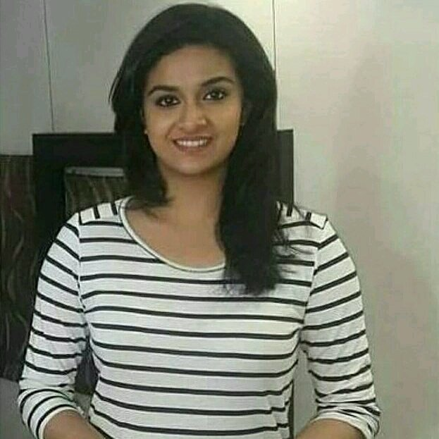 #queen @KeerthyOfficial mam.Cuteness overloaded.Good night mam and all #ks fans.@RisingKS  @CrazyBoy_Offl @KeerthyFanClub <br>http://pic.twitter.com/0iAe3yYyzJ
