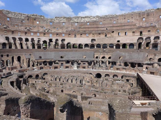 Il Consiglio di Stato dà il via libera  al parco archeologico del Colosseo https://t.co/jTAMj6IP4d