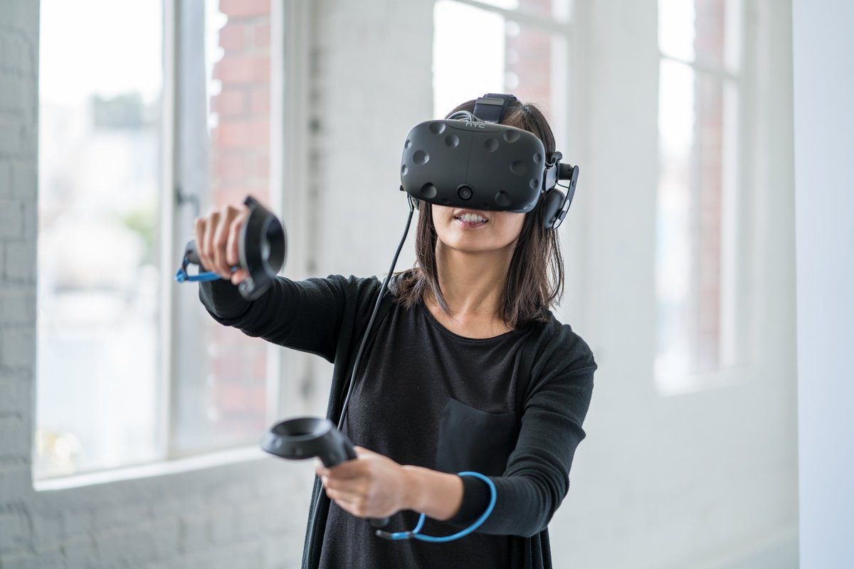 Read what @obriend17 and @naturlborngamer had to say to @GIBiz about @htcvive's first year in the marketplace. bit.ly/Vive1year