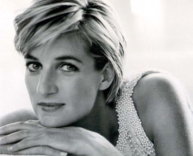 5 minutes into 'Diana: Our Mother' and I'm already choked up. Loved th...