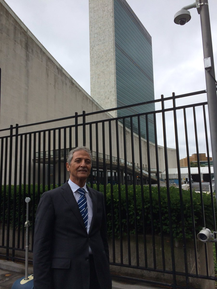 Dr Abdulkader al-Guneid stood tall today at #UN in New York, presenting the story of all &quot;disappeared&quot; victims of Houthi Saleh crimes #Yemen<br>http://pic.twitter.com/lWOaXgAt0z