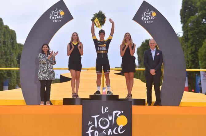 Tour de France: Champs-Elysees sprint win a dream for Groenewegen #TDF2017   https://t.co/XvQ8ttLYJd