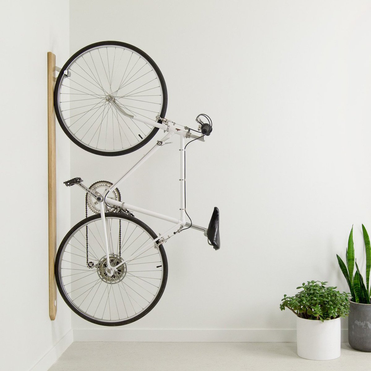 http:// pt.gt/cr4  &nbsp;   White Oak Bike #Rack by Artifox #Bicycle #SpaceSaving<br>http://pic.twitter.com/mrCMEEsDGh