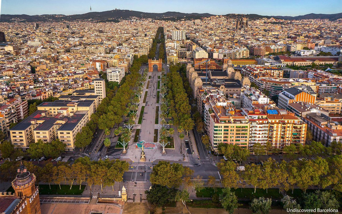 #DidYouKnow that #Barcelona&#39;s Arc de Triomf was the gateway to the Universal Exposition of 1888?  <br>http://pic.twitter.com/EuBr0vLsCh