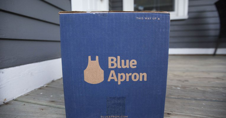 #tech #news  Blue Apron faces…  http:// dlvr.it/PYDR12  &nbsp;    |Check out this cool video!  http:// bit.ly/eStreamStudios  &nbsp;   @gamerretweeters @HyperRTs<br>http://pic.twitter.com/BLOIi2Jc1U