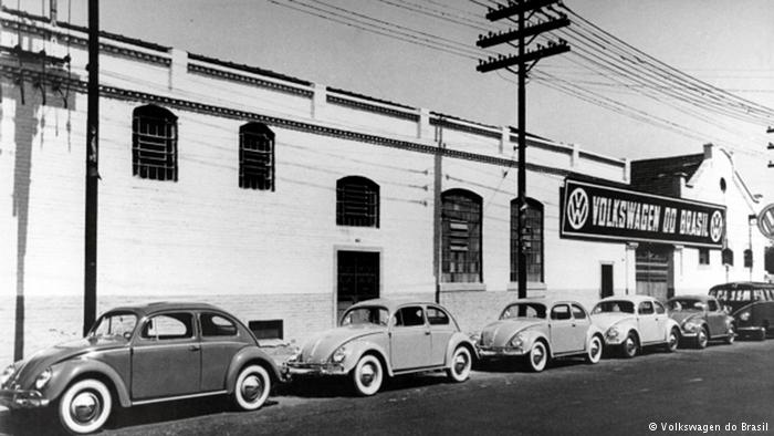 Reportedly #Brazil Prosecutor looking into #VW role in abuses within factory premises during military dictatorship  http://www. dw.com/en/vw-worked-h and-in-hand-with-brazils-military-dictatorship/a-39814070 &nbsp; … <br>http://pic.twitter.com/mNiMxJwlc9