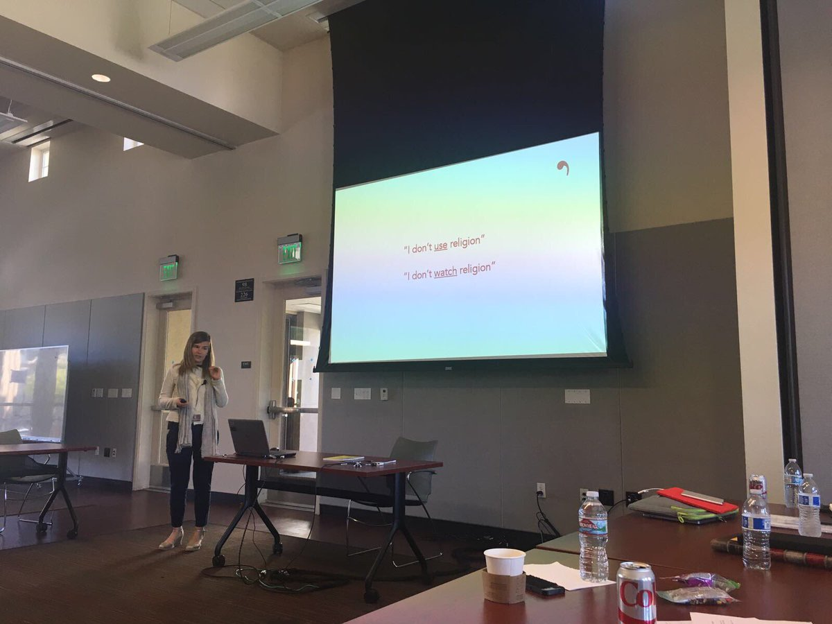 @Alba_Sabate presents at #theocom17 @SantaClaraUniv our current #research on #influencers #religion and #youth<br>http://pic.twitter.com/rnREfWYUnz