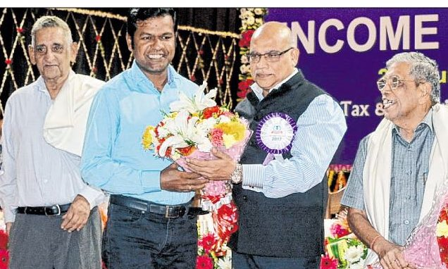 I was felicitated on #IncomeTaxDay at Bhubaneswar yesterday. <br>http://pic.twitter.com/fElK6Rnzes