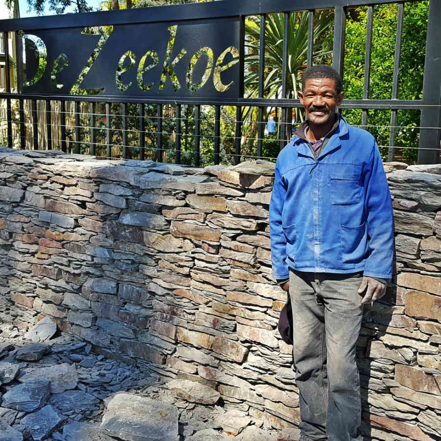 Amazing what this #craftsman can do with #slate #stone. He #chissels the stones to his exact needs. #masterpieces  http:// buff.ly/2usfgKI  &nbsp;  <br>http://pic.twitter.com/SqWqP59tA8