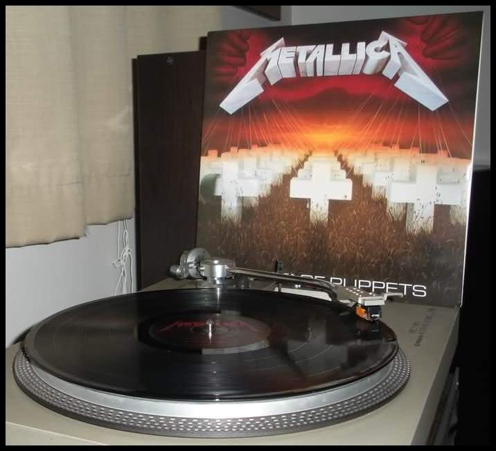 METALLICA  &quot;Kill´em all&quot;  Release date July 25th, 1983 Label Megaforce Records  Thrash Metal debut masterpiece  #ThrashMetal #OldSchool #80s <br>http://pic.twitter.com/Ftij7cF00g