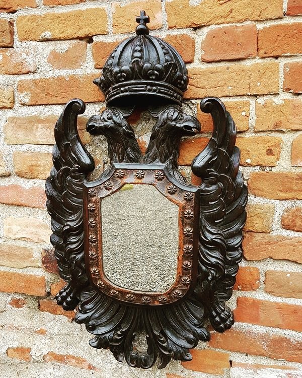 Late #17thcentury #carved #antique #pine #mirror with original looking glass now #forsale on website @holtantiquesltd #walsingham #norfolk<br>http://pic.twitter.com/sZqVkLy4jm