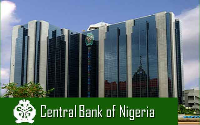 The Central Bank of Nigeria (CBN), on Monday, made some more desperate moves to save naira from further collapse, injecting $195m into Forex market