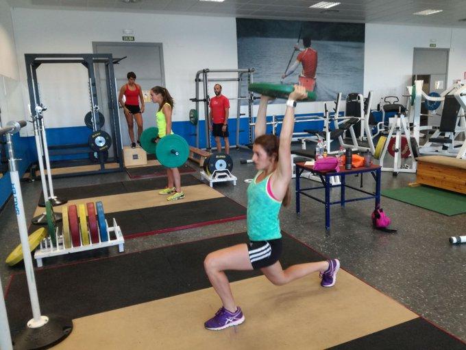 Entrenamientos de físico y #rollerski en el @CARSierraNevada para los equipos #rfedifondo #futuRFEDI y los #CETDI ¡Gas #spainsnow!
