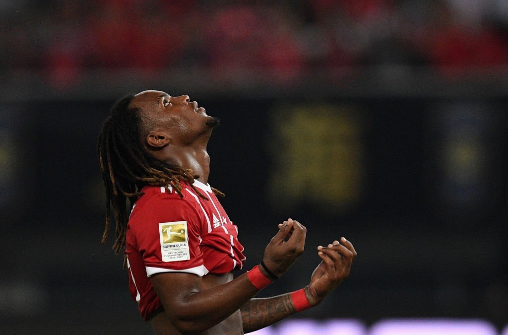 Ancelotti said there was,no way that Arturo Vidal would leave Bayern Munich, but admitted that Renato Sanches could be on his way to #mufc <br>http://pic.twitter.com/R80GhhiiT4