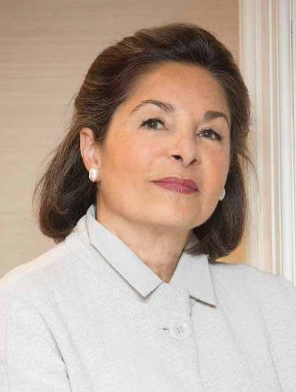 #RoxaneZand, .@Sothebys Dep #MiddleEast Chairman, 2speak @ #LONDON&#39;s #Iranian #Women&#39;s #Leadership Conf, 23/9.  http:// bit.ly/2gMOhGH  &nbsp;   #art<br>http://pic.twitter.com/V5nPAZfLoH