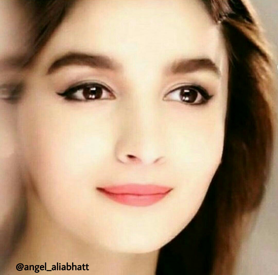 Beautiful face of @aliaa08  @angel_aliabhatt  #AliaBhatt #angel_aliabhatt #beautiful #face #love #Instagram #FolloMe<br>http://pic.twitter.com/lCOxpPhPiA
