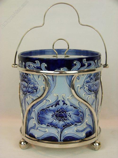 Rare Moorcroft Florian &quot;Poppy&quot; Biscuit Barrel c1900 #artnouveau #English #ceramics #antique <br>http://pic.twitter.com/pdUdCST70z