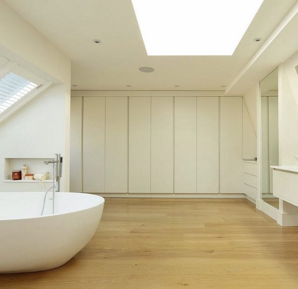 Maximise any dead space in your bathroom with built-in storage  http:// ow.ly/h4Z730dAVyp  &nbsp;   #TipTuesday #bathroomdesign <br>http://pic.twitter.com/HGniLy9234