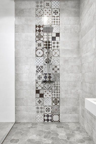 This walk-in shower has used patterned tiles to create a beautiful feature of the shower. #TileIdeas #ShowerIdeas #BathroomDesign <br>http://pic.twitter.com/r22RpVipHV