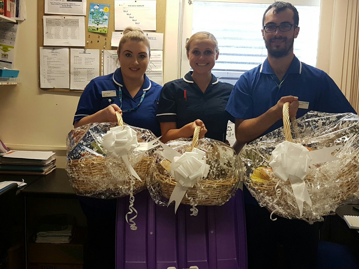 A thank you to Sarratt Ward from a very thankful family #nurses #care #compassion #quality @WestHertsNHS @westherts_ceo @CarterTreacle<br>http://pic.twitter.com/8Ono4o6TJl