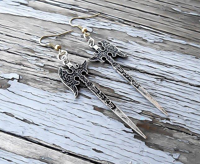 Silver Axe earrings - Nordic earrings -  Battle axe earrings - Viking Earrings - Ax Earr  https:// seethis.co/E03d1/  &nbsp;   #etsymntt #epiconetsy <br>http://pic.twitter.com/a8N3IS24Gb