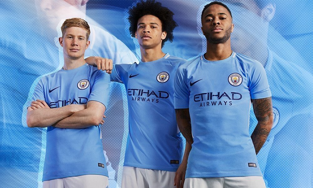 Blues, which kit do you prefer for the 2017/18 season?   RT - Away LIKE - Home  #mcfc <br>http://pic.twitter.com/HQVwcrzUcn
