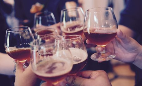 Drinking #alcohol improves memory suggests new #research from @profceliamorgan  http:// ow.ly/JRMv30dTa6l  &nbsp;  <br>http://pic.twitter.com/SFymG7OvPk