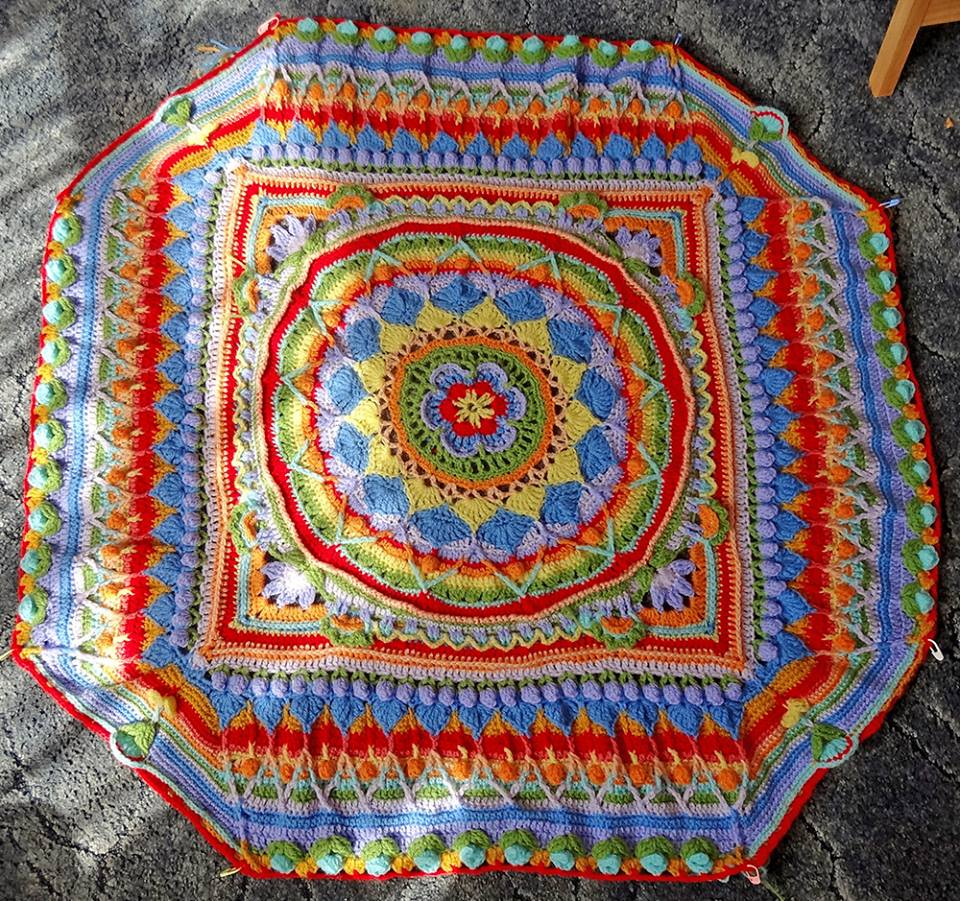 Some wonderful work from talented Elaine at Head Office in #TunbridgeWells! #crochet #blanket <br>http://pic.twitter.com/Hm9sIWiZ96