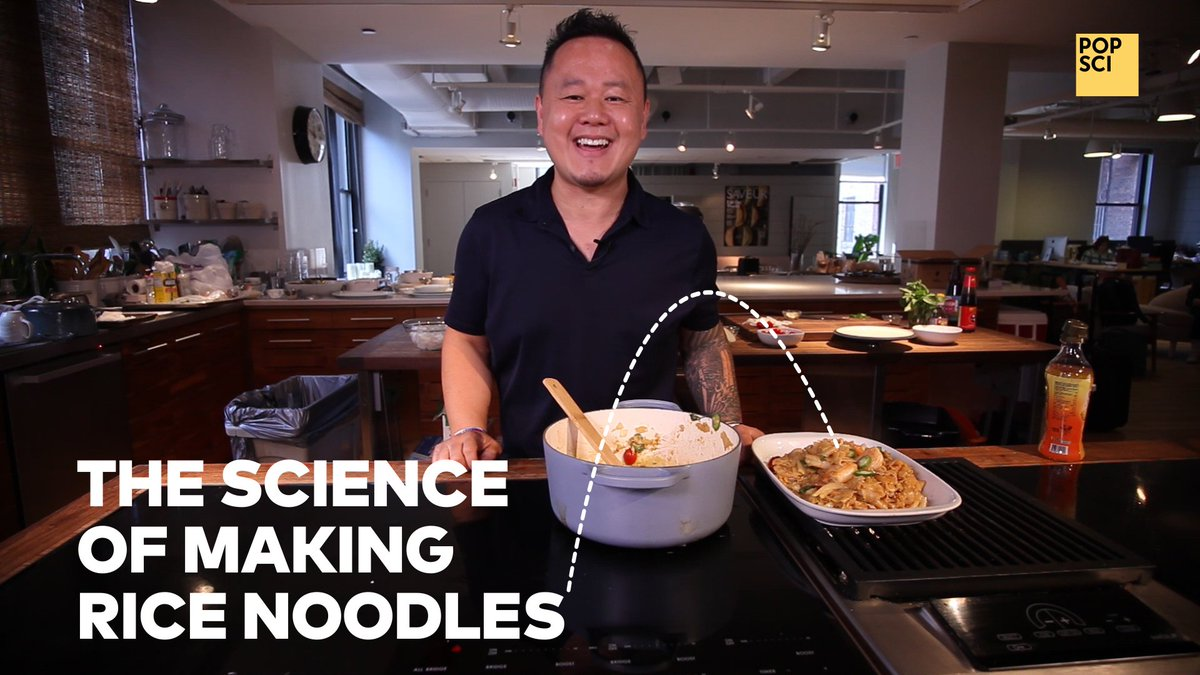 Did you miss my video with @jettila on the science of rice noodles? Watch it now! #101asiandishes  https://www. youtube.com/watch?v=kohzRv 7kW2o  … <br>http://pic.twitter.com/Jgu8i4bJHa