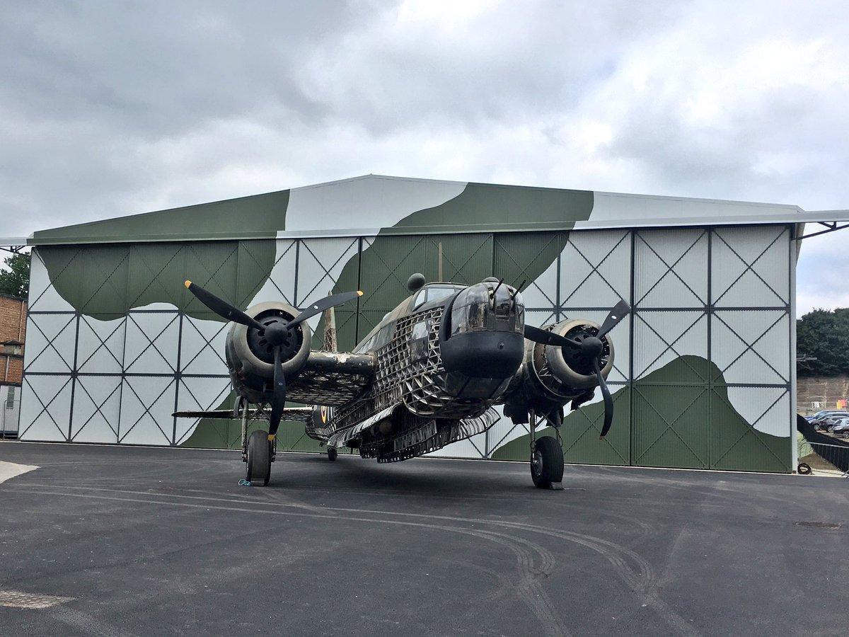 Wellington Bomber 'R' for Robert in front of the reconstructed Bellman Hangar. #ReEngineeringBrooklands https://t.co/AnjuA1Zqa4