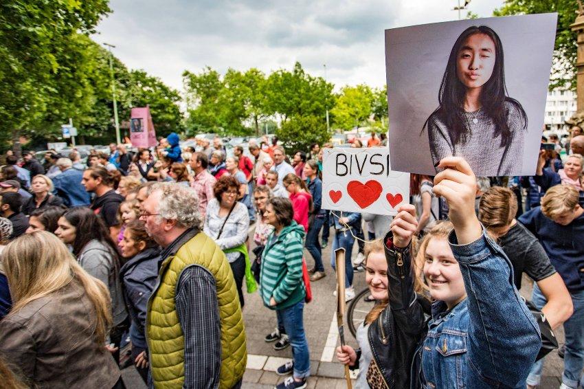 Abgeschobene Schülerin: Bivsi darf mit ihrer Familiezurück nach Deutschland https://t.co/qqco3ngyuA