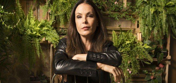 Do @DanielKastro: Após 25 anos de casa e 16 novelas, Carolina Ferraz é dispensada pela Globo https://t.co/YiC4rMpW3O