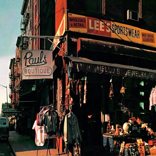 July 25, 1989, Beastie Boys released their Paul&#39;s Boutique album. #80s <br>http://pic.twitter.com/T7t8nfTv9Q
