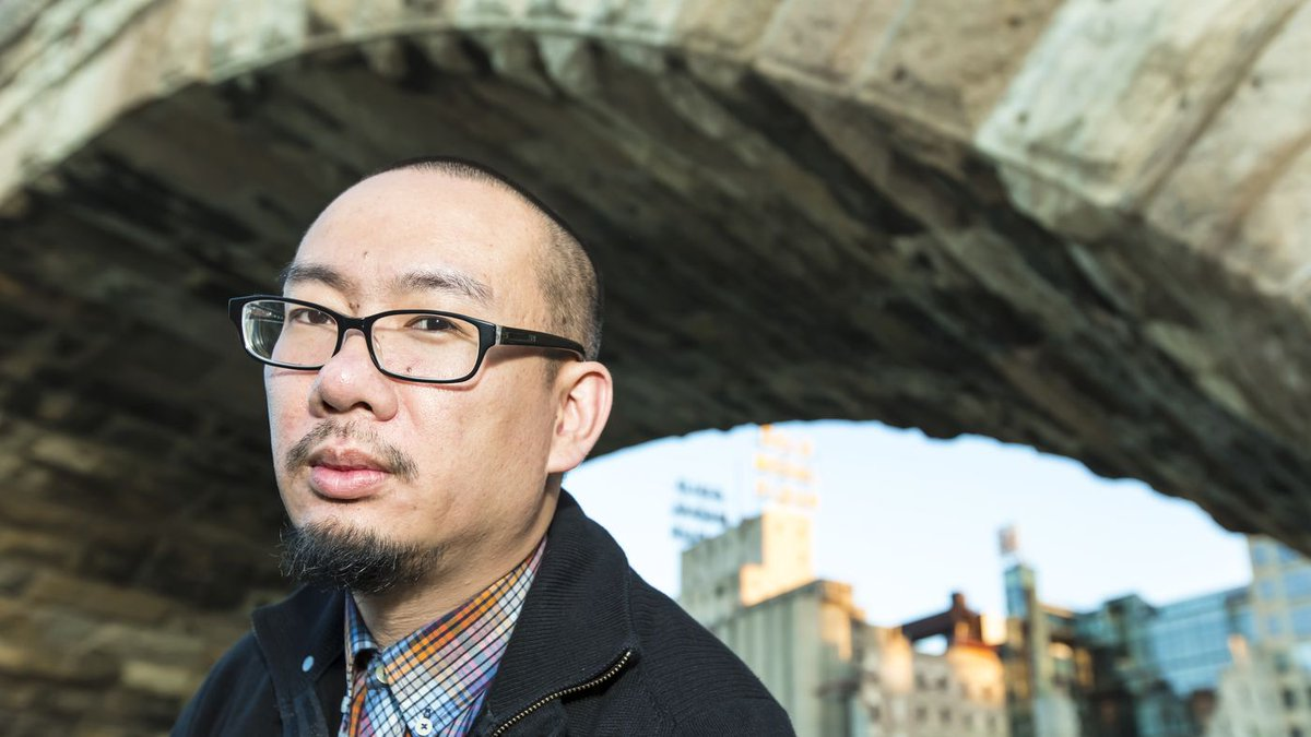 The Poet Bao Phi, On Creating A &#39;Guidebook&#39; For Young Asian Americans:  http:// buff.ly/2uxdnwA  &nbsp;   #intergenerational #AAPI via @NPR @SEARAC<br>http://pic.twitter.com/kFtKDiywCu