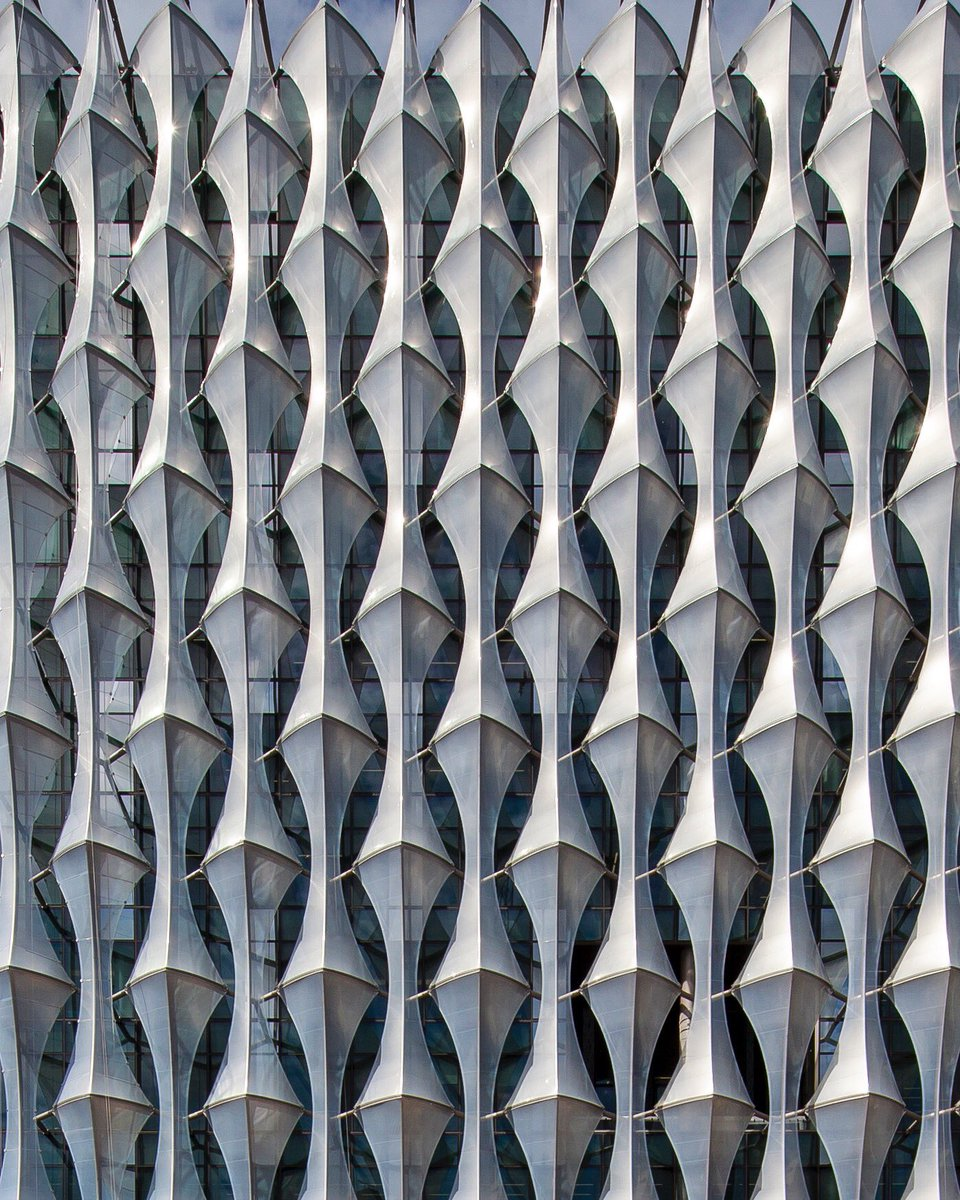 Facade of the U.S. embassy in #London. #Design by @KIERANTMBERLK #Architects, built 2013-2017 (under construction).<br>http://pic.twitter.com/EBLNjhm5fT