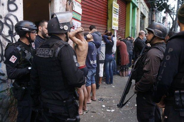 Em crise, Polícia Civil de SP pode reduzir frota e fechar delegacias https://t.co/K7ZDAipr3z