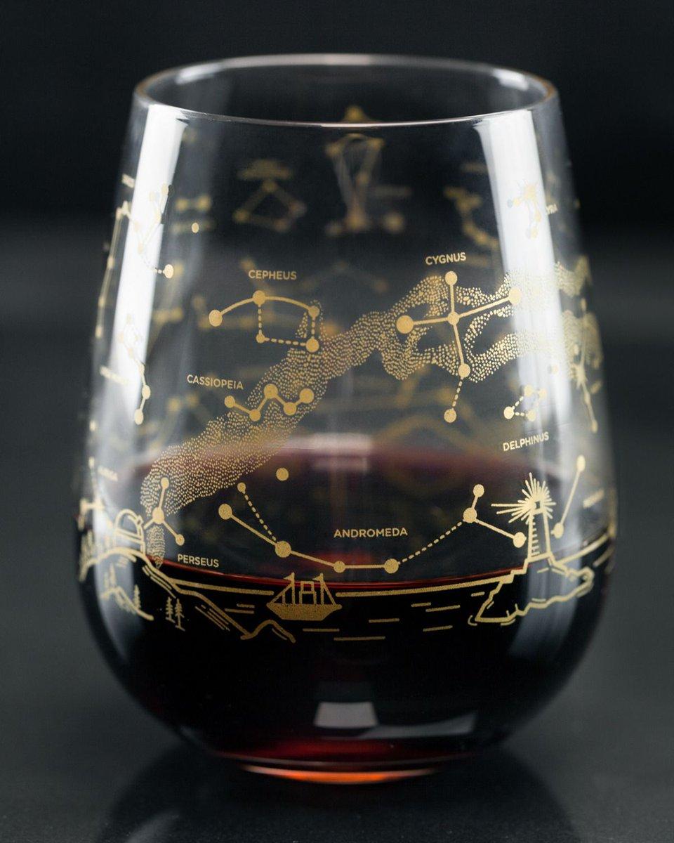 #Space #Design: #NightSky #StarChart wine #glasses. #Want!  https:// sagansense.tumblr.com/post/163353359 867/startorialist-cognitive-surplus-night-sky &nbsp; …  via @sagansense<br>http://pic.twitter.com/SEcCEHXFLq