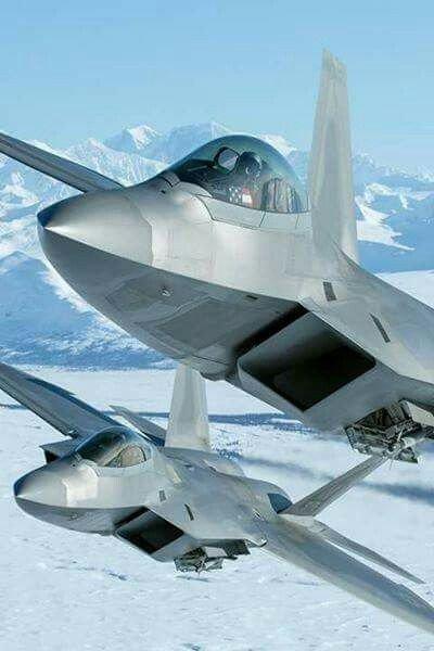 F-22 Raptor Fighter Planes #Aircraft <br>http://pic.twitter.com/GKWQKDSkC3