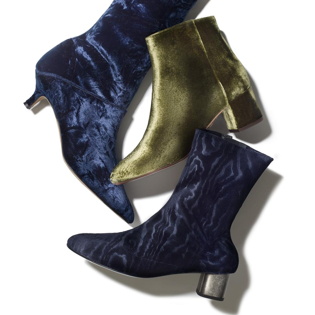 Meet the boots that will walk you right into the next season #THEEDIT 👢 https://t.co/VLomy8KZo5 https://t.co/RKf7ATiEil